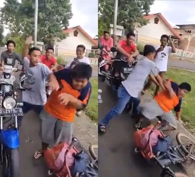 Viral Anak Penjual Jalangkote di Bully Hingga Tersungkur, Polisi Amankan Pelaku