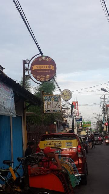 Bakpiapia Jalan Dagen Yogyakarta