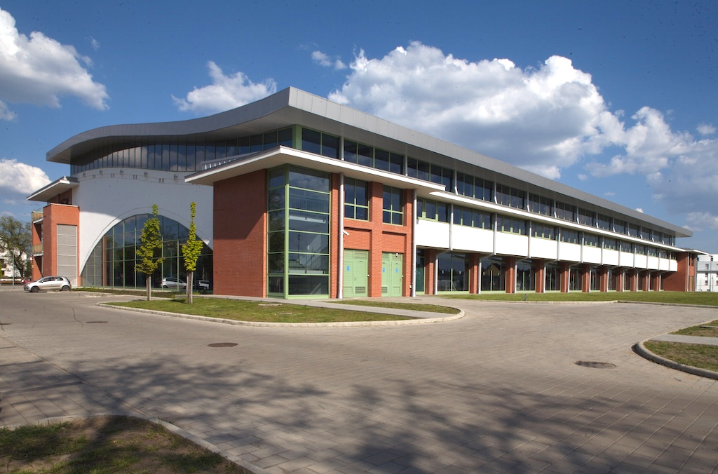 Újra kinyitja kapuit a Debreceni Sportuszoda - Debrecen Hírei