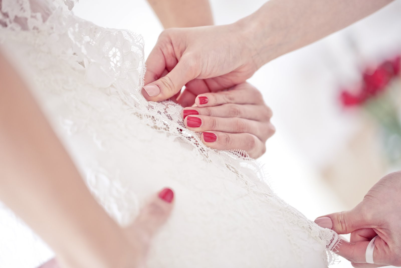 romantik dantelli gelinlikler