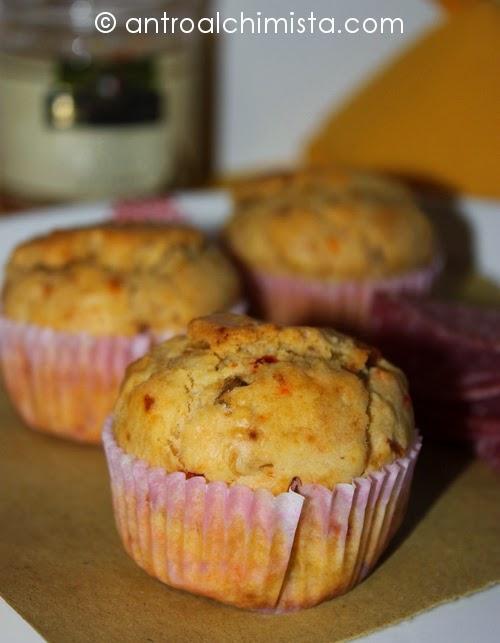 Muffins con Paté di Carciofini e Pomodorini