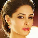 Nargis Fakhri wallpapers in saree