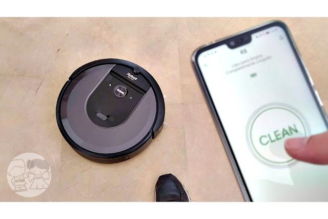 Controlando el Roomba i7+ desde la app del smartphone.