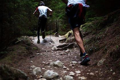 Tips Pakaian Mendaki Gunung dengan Metode Layering System