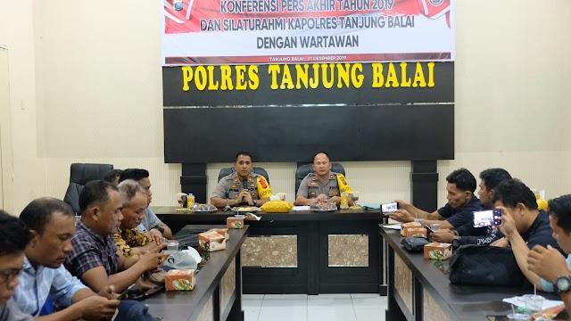 Kapolres Tanjung Balai Pimpin Konferensi Pers Akhir Tahun 2019