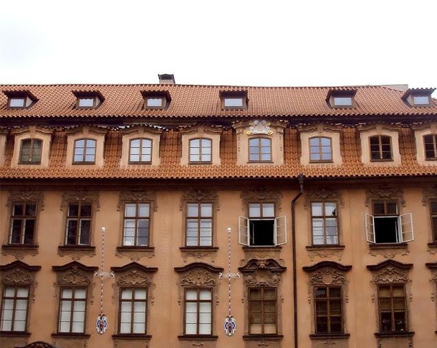 a Bella e o Mundo - Praga
