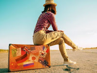 Tips Berhemat Saat Liburan di Luar Negeri
