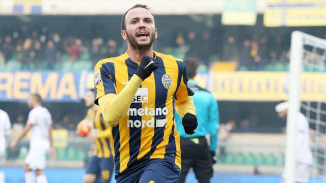 Hellas Verona promosi ke Serie A mengandalkan pemain veteran Italia di lini depan, yakni Giampaolo Pazzini