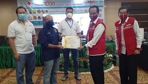 Berpartisipasi di Gerakan 1.000 Kantong Darah, PWI Riau Terima Penghargaan dari PMI Pekanbaru