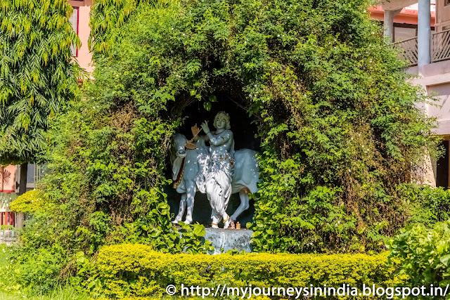 Parmarth Nikethan Ashram Rishikesh