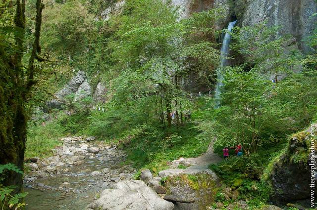 Cascada Kakuetta senderismo pirineos atlanticos francia trekking
