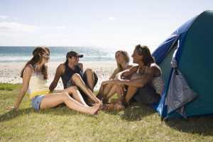 Tips Kemping Di Pantai-image travel.detik.com