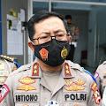 Polisi Lakukan Random Swab Antigen pada Pengendara di Rest Area KM 19 Tol Japek