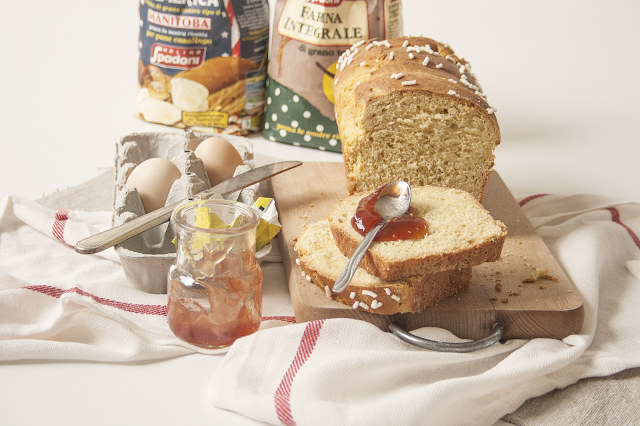 Panbrioche semi integrale al miele