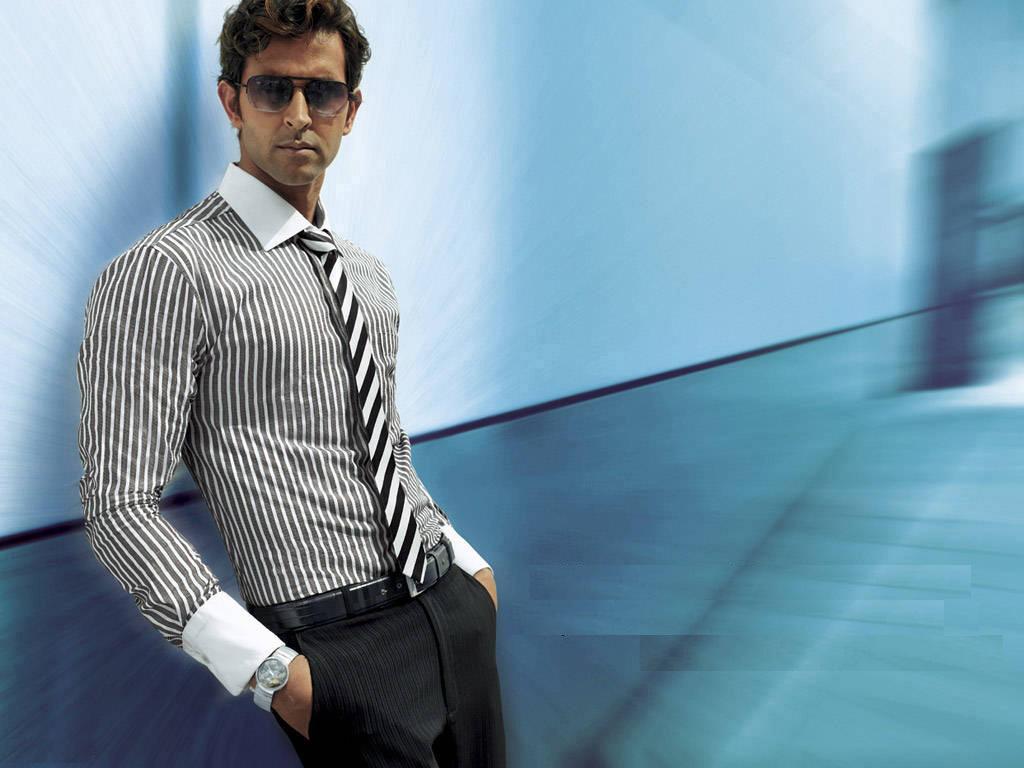 Hrithik Roshan Handsome Actor Hd Wallpaper Top 10 Wallpapers