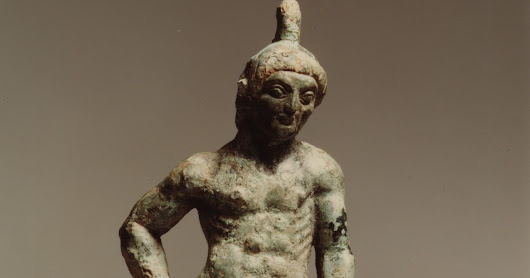 An Etruscan bronze athlete from an old Swiss collection