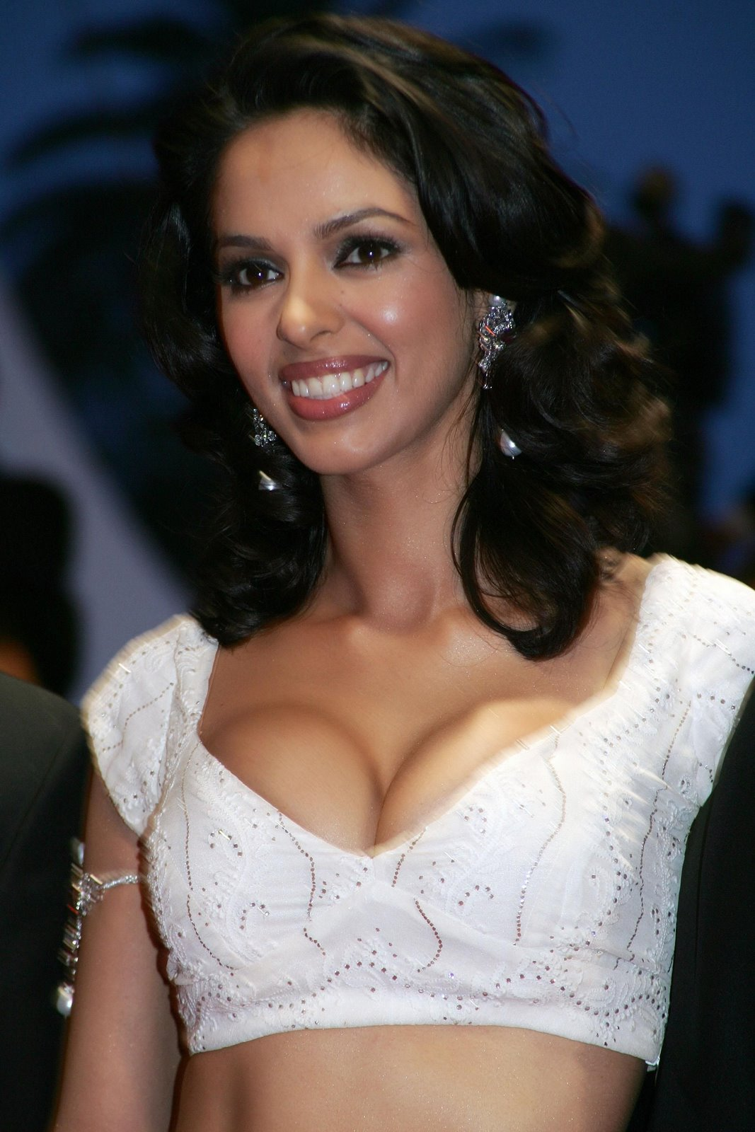 mallika cleavage