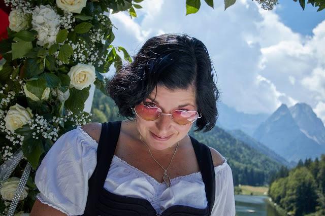 Hochzeitsplanerin Uschi Glas, Wedding planner Bavaria, Hochzeit zu Dritt, kleine Familienhochzeit, Riessersee Hotel Garmisch-Partenkirchen, Bayern, freie Trauung