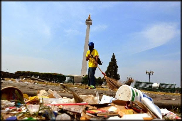 Wordless Wednesday #6: Perspektif Sampah Pesta Rakyat