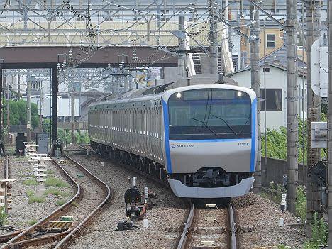 相模鉄道 快速 大和行き6 11000系