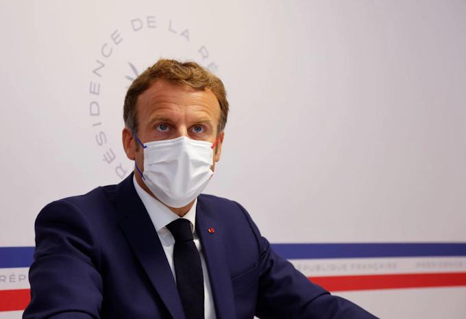 Macron szerint újabb bevándorlási hullámot indíthat el az afgán helyzet