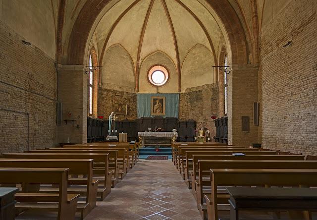 Το ιερό σκήνωμα της Αγίας Ελένης (5) http://leipsanothiki.blogspot.be/