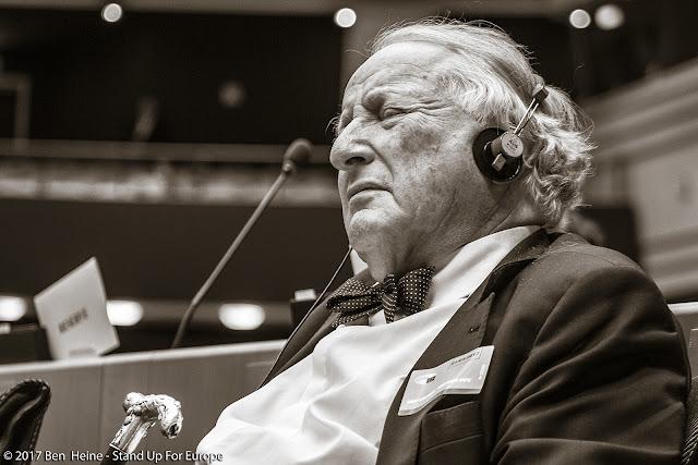 Paul Goldschmidt - European Commission - Stand Up For Europe - European Parliament - Portrait by Ben Heine
