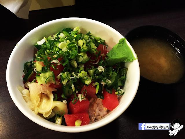 IMG 8854 - 【台中美食】 鱻屋 位於台中精誠路上的平價鮮魚蓋飯   絕對新鮮   海鮮丼飯  平價丼飯   精明商圈  