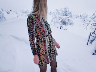 How To: Sequin Shift Dress with Long Sleeves and Matching Belt