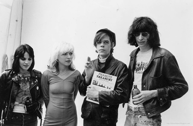 Joan Jett, Debbie Harry, David Johansen & Joey Ramone, 1977