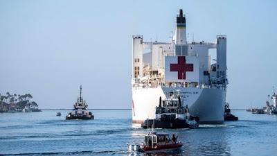 USNS-mercy-departs-LA
