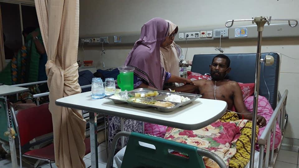 Abdurrahman Menderita Penyakit Komplikasi dari Keluarga Dhuafa Sedang menjalani perawatan Di RSZA Banda Aceh, membutuhkan Uluran Tangan Dermawan