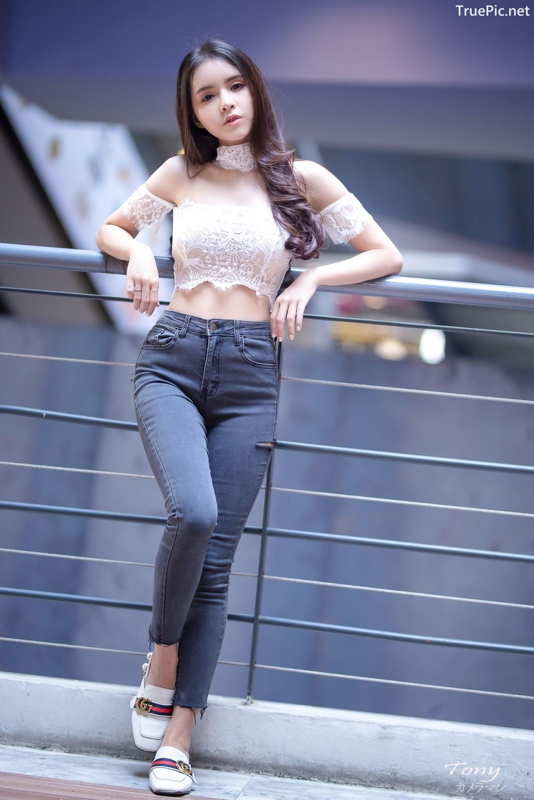 Image-Thailand-Beautiful-Model-Soithip-Palwongpaisal-Transparent-Lace-Crop-Top-And-Jean-TruePic.net- Picture-7