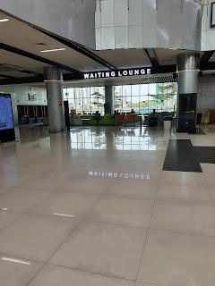 Ruang utama stasiun bandara soekarno hatta