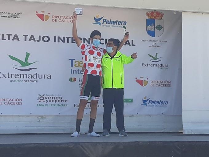 Vinicius Rangel despidió la temporada con la victoria en la montaña de la Vuelta al Tajo