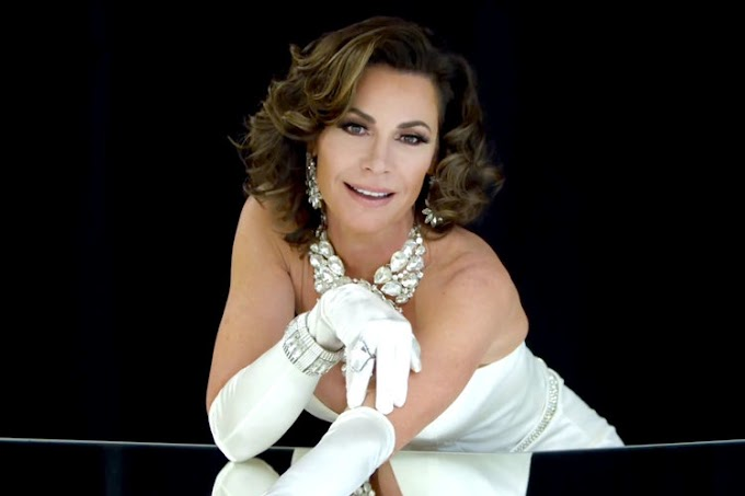 Luann de Lesseps Reveals She's Working On A Christmas Song!