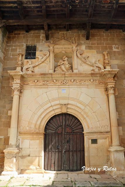 Portada de Iglesia de Nuestra Señora de la Asunción, Barrio de Santa María
