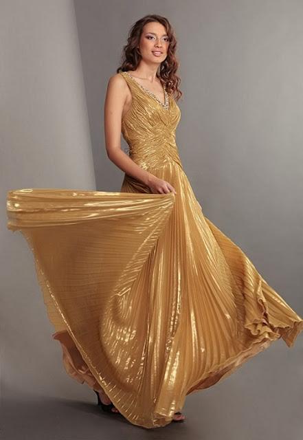Как модно задекорировать лиф платья
