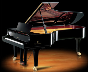picture of concert grand piano