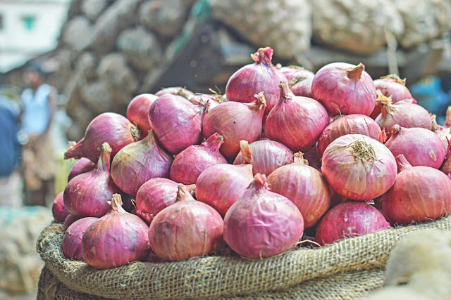 West Bengal government eyes Rajasthan supply as onion brings tears