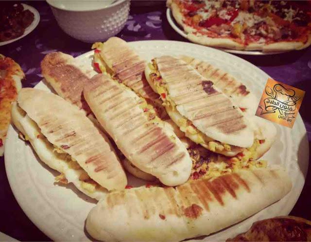 خبز بانيني،panini، بوكاديوص،مأكولات الشوارع،سناك
