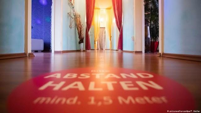 Γερμανία: Ανοίγουν οίκοι ανοχής με ...μέτρα ασφαλείας