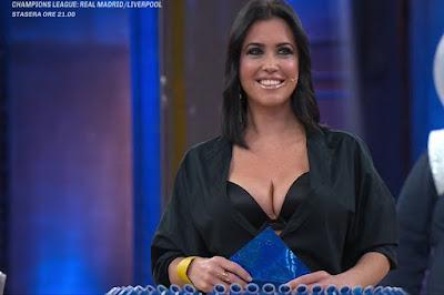 miss Claudia Ruggeri sorriso avanti Un Altro 6 aprile