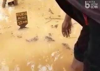 Tiga Hari Disemayamkan, Makam Cucu Pengungsi Syiah Tergenang Banjir