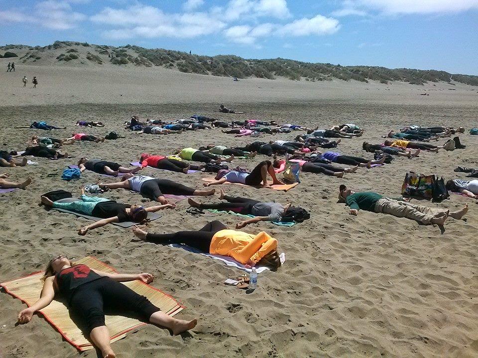 http://www.sfhog.com/free-outdoor-yoga-ocean-beach-tony-eason/