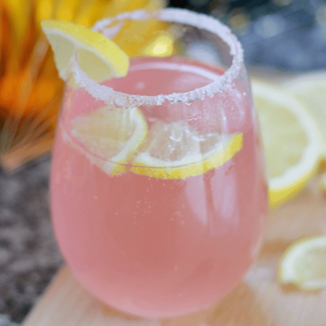 Moscato Lemonade #drinks #cocktails