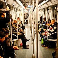 Oameni în metrou