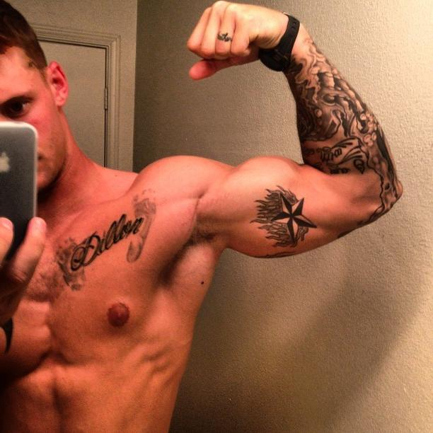 sexy-shirtless-tattoo-bad-boy-flexing-muscle-biceps-american-hunk
