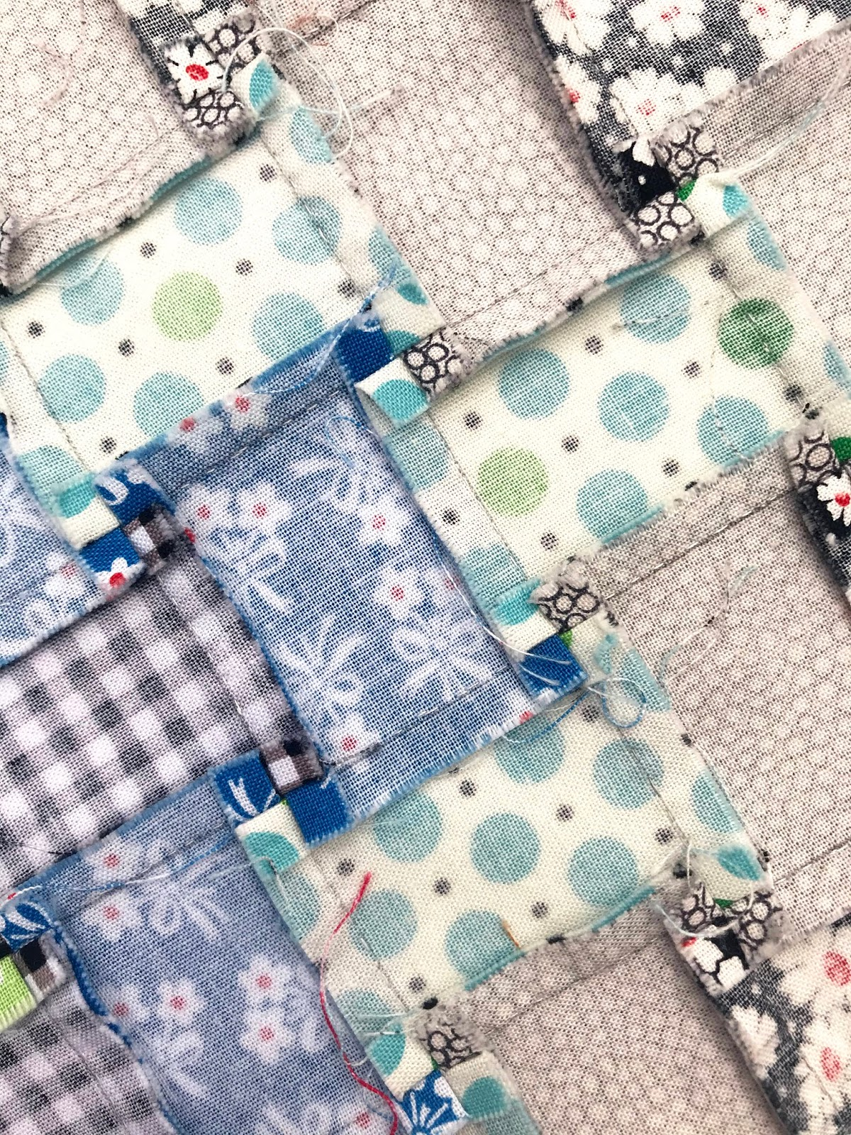 A Hand Pieced Trip Around the World Quilt  - stitching, seams, and pressing   © Red Pepper Quilts 2020
