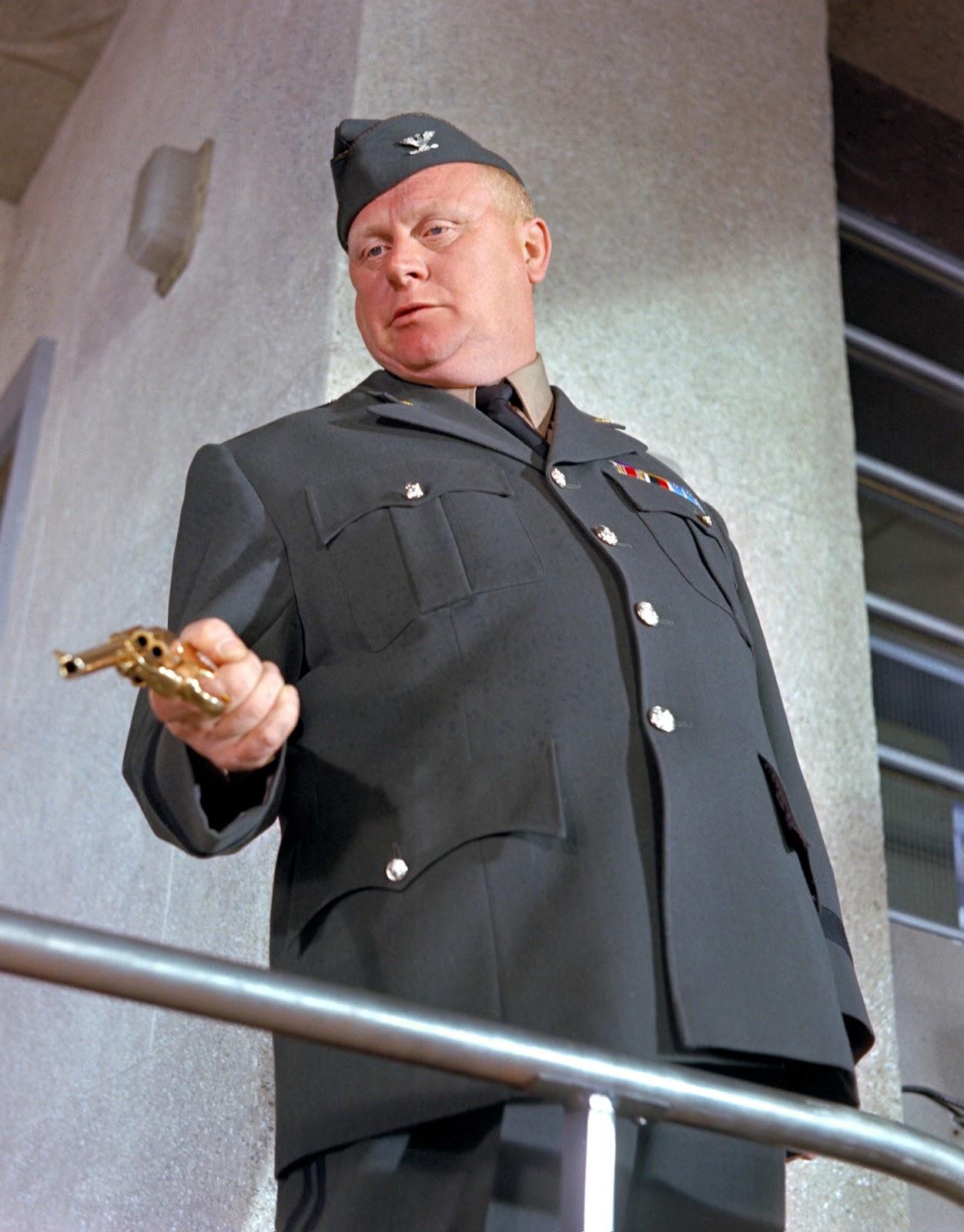 Gert Fröbe Jung